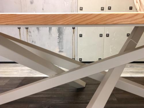 Nowoczesny stół metalowy - KIM Ogrodzenia Budzyń